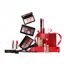 Elizabeth Arden Blockbuster Advanced Ceramide Capsule Christmas Set - Worth Over €335, Pay €79 When You Spend €50 Or More On Elizabeth Arden Products